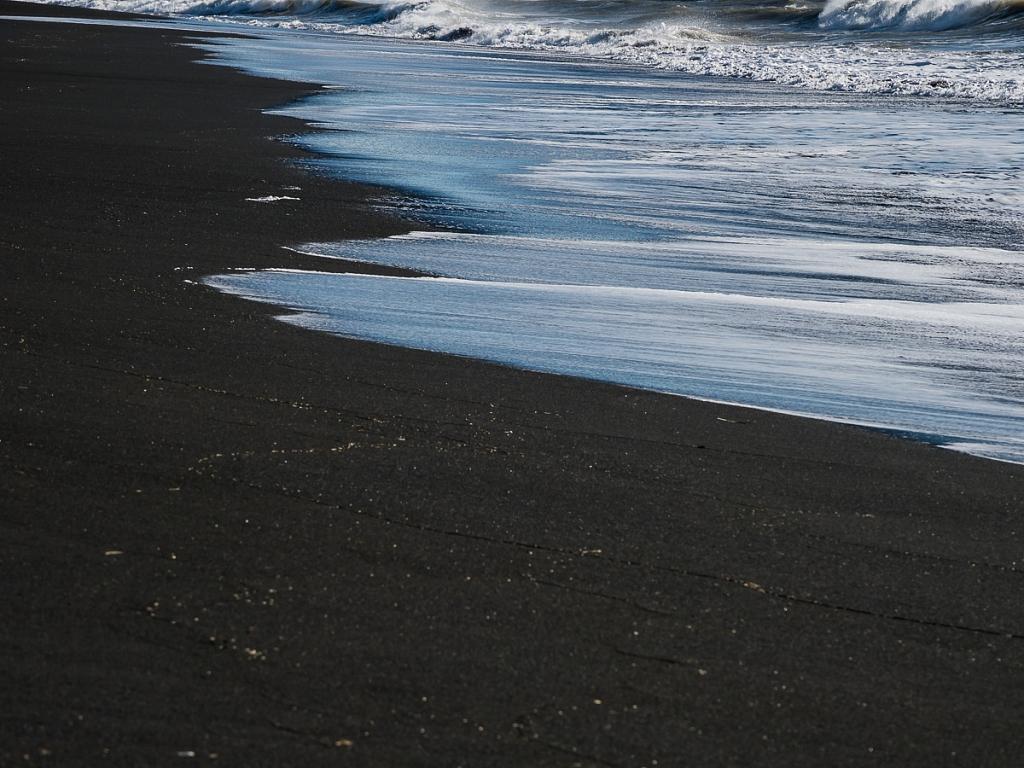 2017-09-28-black-beach-220.jpg