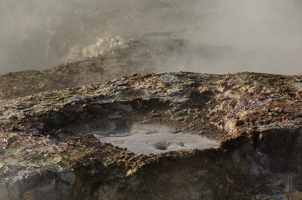 2012-04-13-reykjanes-tour-631.jpg